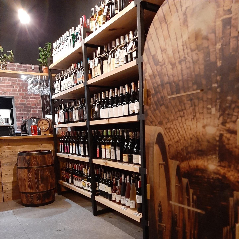 Wine Bar Bistro Radomsko Mała Winnica fot (4)